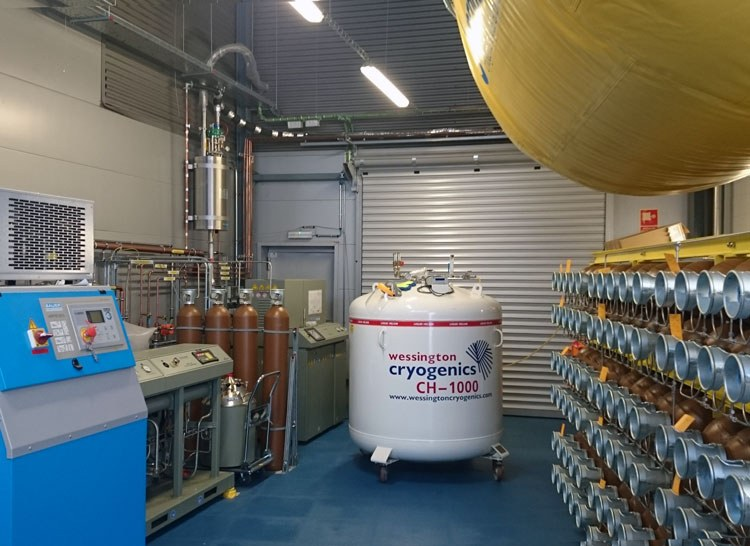 A NEW LIQUEFACTION PLANT FOR RECYCLING HELIUM