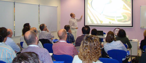 Image of one of the sessions during the teachers' seminar.